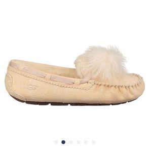 Ugg Dakota Pom Pom slippers
